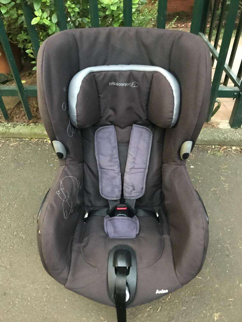 Bebe Confort Axiss Car Seat 0