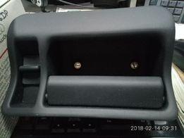 Ручка крышки багажника внутренняя 4B9827691D6DP на Audi A6 98-01 Avant