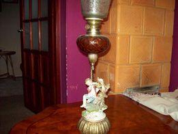 ORYGINALNA stara lampa naftowa figuralna porcelanowa
