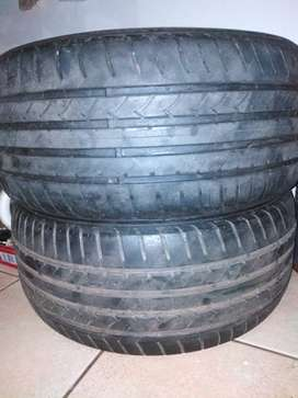 Good year tyres, 255/45R18, still in good condition