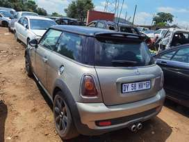 2011 MINI COOPER S R56 COUPE STRIPPING AS SPARES