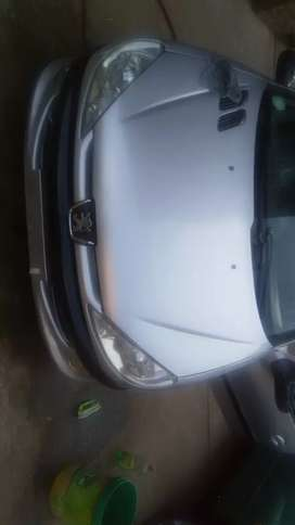 Am selling my peagueot 206 ,2005 model