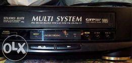 Видеомагнитофон GRUNDIG GVP 500R