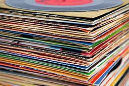 CD / DVD / пластинки / кассеты