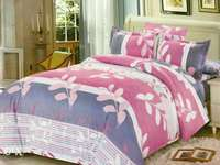 Pretty Duvet 5*6 with Matching pillows cases+ bedsheet We deliver 0