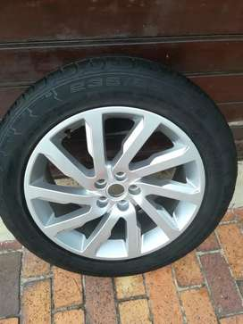 One Good Used ' 19 Original Discovery Sport full size spare Conti Tyre