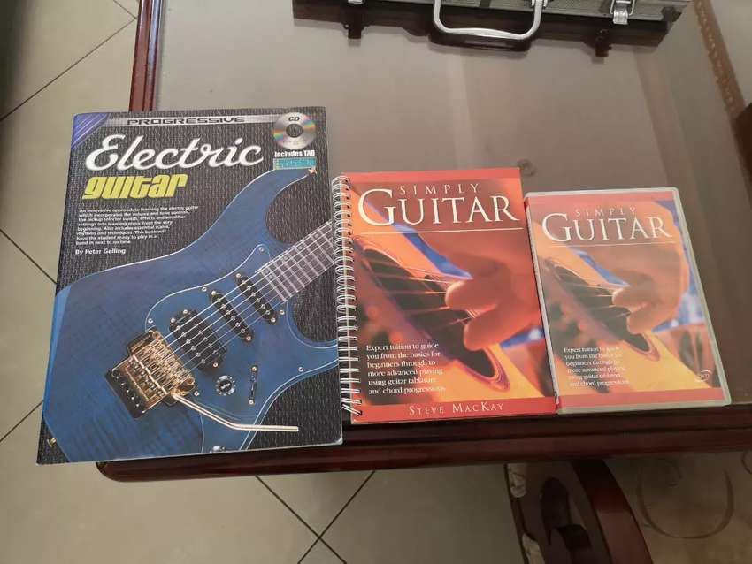 Acoustic and electric guitar books and DVD 0