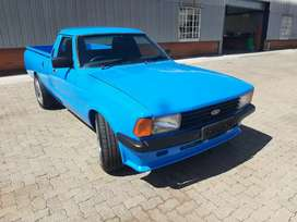Ford cortina with BG perana v8