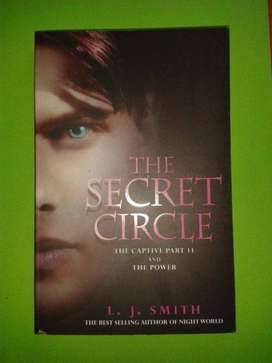 The Secret Circle -The Captive Part II and the Power - LJ Smith.