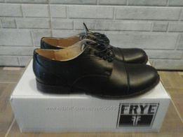 Продам новые туфли,ботинки Frye р.39-40