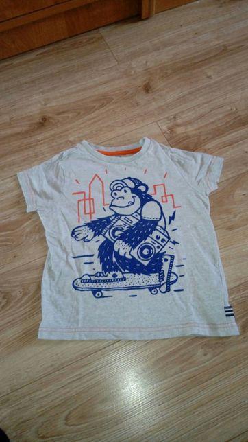 Sprzedam koszulki roz 104. Trzebnica - image 6