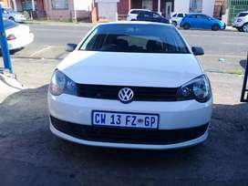 2013 Volkswagen polo vivo 1.6 with a service book and spare key