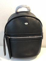 Рюкзак фірми David Jones