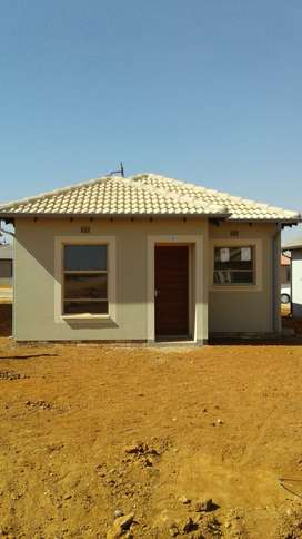 House to rent clayville ext 71