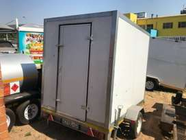2017 DIAMOND FOOD TRAILER IN GREAT CONDITION