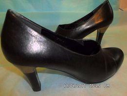 Туфли женские (черные) б/у , размер 37