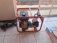 Image of Briggs Industrial 3.5HP Powerful Generator In Good Condition