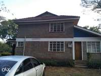 4 bedroom plus sq house for rent in Langata rod. 0