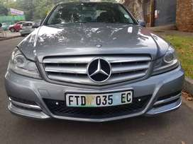 2012 MERCEDES Benz C180 Blue-efficiency with Sunroof &leather and