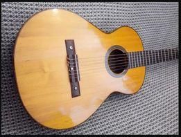 Винтажная классическая гитара Framus