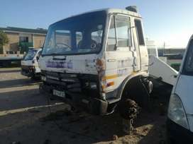 Nissan horse cm 12 stripping only
