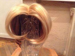 Эффектный короткий парик