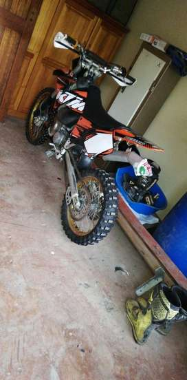 Ktm 250 EXC tacing 2 stoke bike