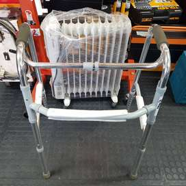 Foldable walker for Sale