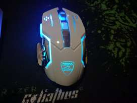 Wire less GAMING MOUSE WITH MOUSE PAD