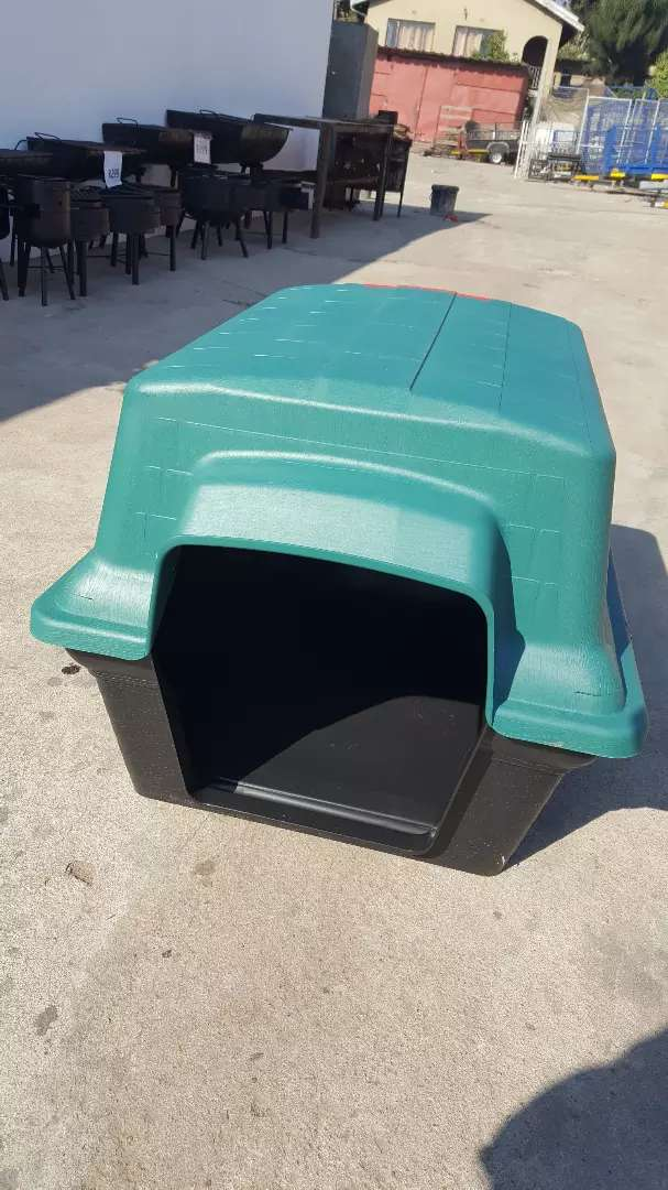 Kennel for puppies and small breed dogs 0
