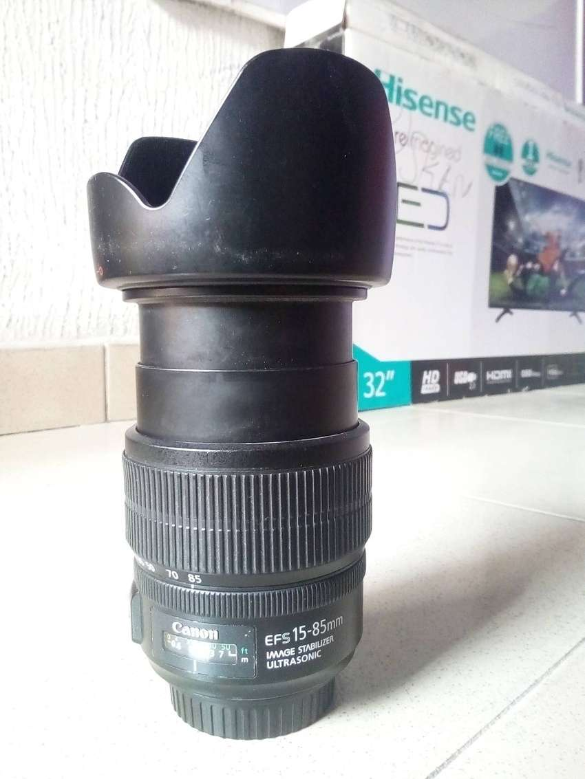 Canon Lens Wide Angle (15-85) Neatly Used Just 1 0