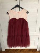Tiulowa sukienka czerwona wesele