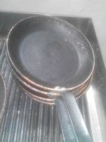 Продам сковородки б.у