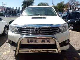 TOYOTA FORTUNER 4X4 3.0D4D ENGINE CAPACITY