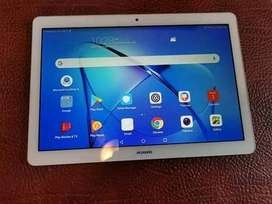 """Huawei T3 mediapad 10"""" champagne Gold. As new"""