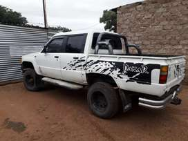 Toyota hilux hips 4x4 good condition need lovely home,3c turbo engine