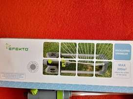 Get your grass green..2x garden sprinklers and 2 other