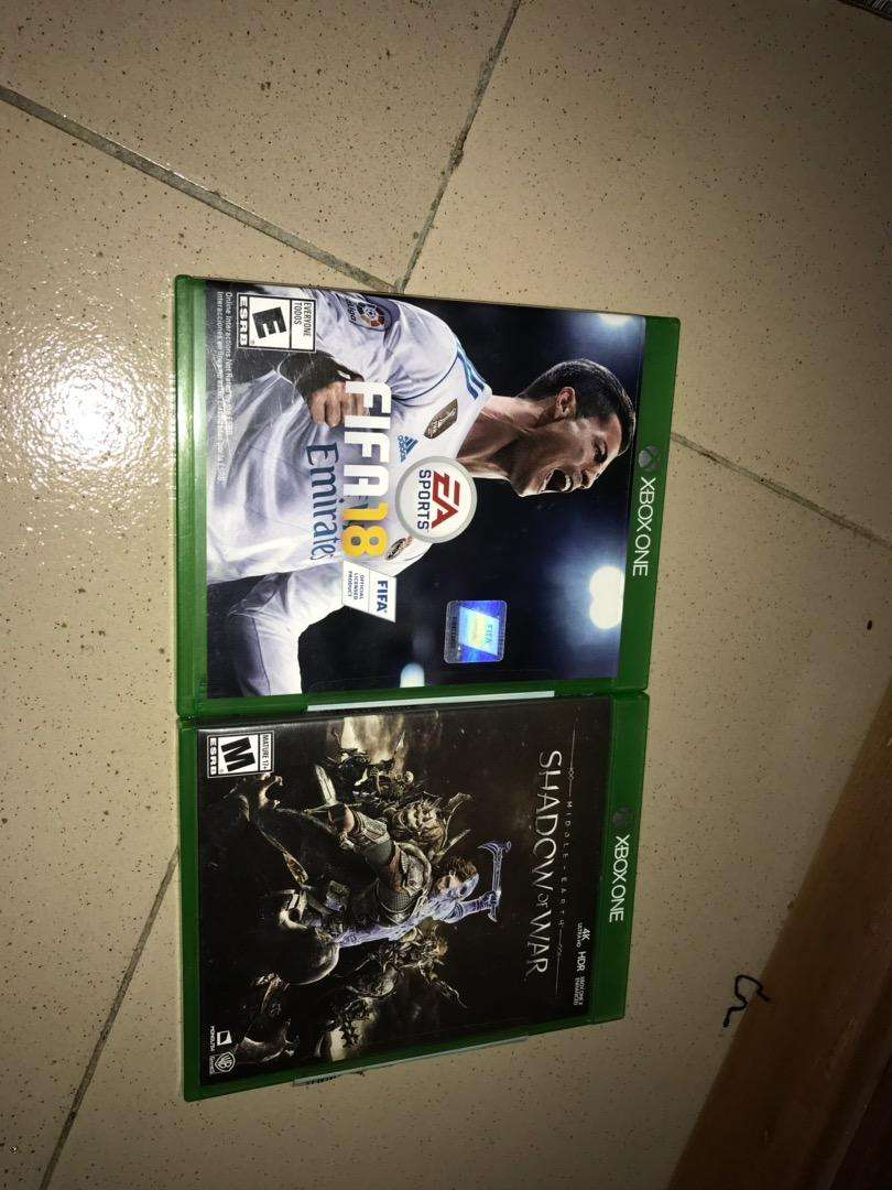 Fifa 18 and Shadow of War Xbox One games 0