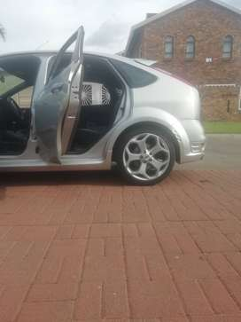 2007 Ford focus ST 2 5