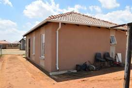 Windmill park R6000 beautiful home for rental in a secure gated area