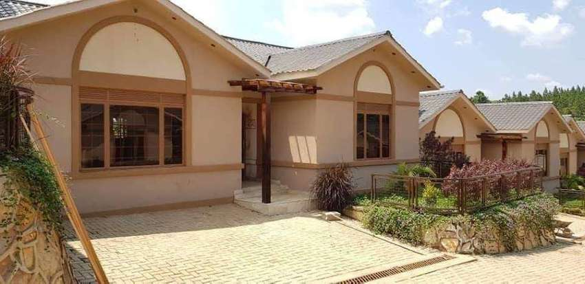 Admirable 3 bedroom house in Gayaza at 650k 0