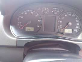 I am selling my vw polo 1.4 2004 model