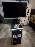 Монитор Samsung Sync Master 920 и системный блок Philips