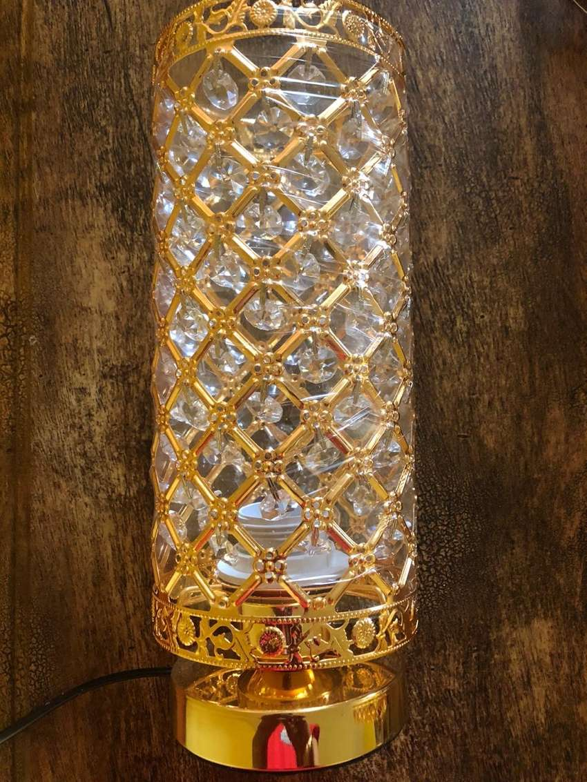 lamp shade in gold with cystals 0
