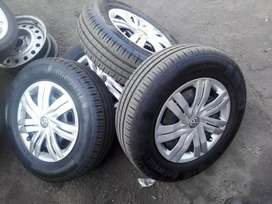 Polo tsi original standard steal rims and wheel caps,tyres