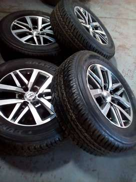 Lockdown Special:Toyota Hilux GD6 18''mags and tyres