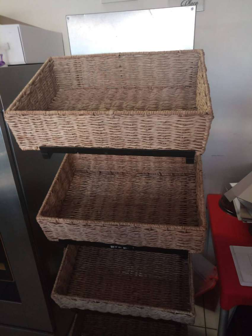 Bread Stand 4 Basket 0