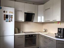 Продам 3-х комнатную квартиру на Карачунах