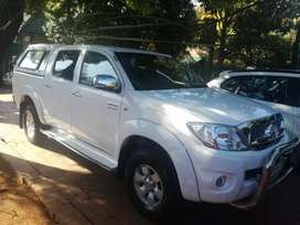 Toyota Hilux 2.7Vvti Double Cab Manual For Sale