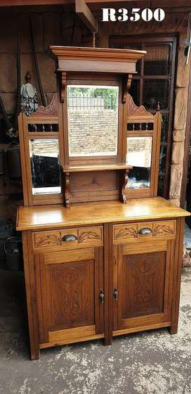 Edwardian Basswood Sideboard with Bevelled Edge Mirrors (1070x445x1860